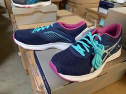 Брендовая спортивная обувь. Сток / Brand sports shoes. Stock - photo 3