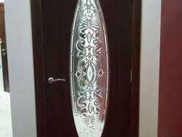 Decorative glass panels for doors
