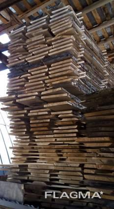 Unedged oak boards